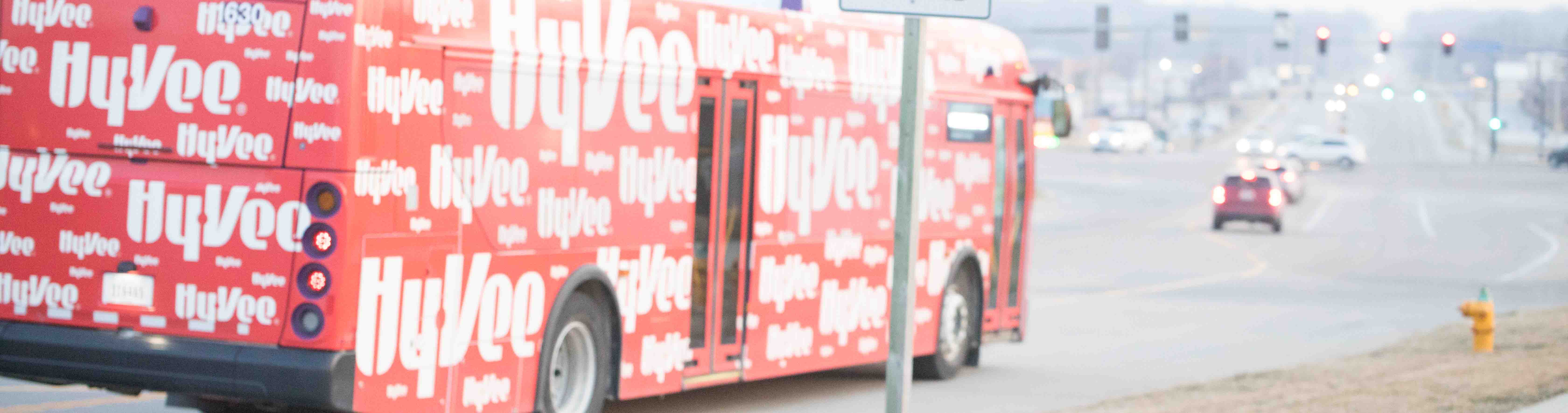 DART and Hy-Vee, Inc. Partner for Shuttle Service